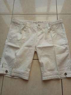 Celana Pendek Holister Warna Putih