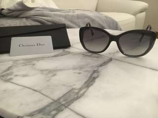 Dior sunglasses worn a couple of times