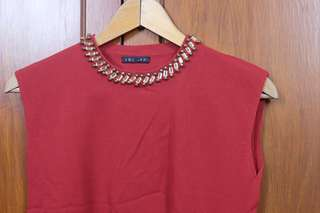 Red Sleveless Knitted Top with Embellished Stones