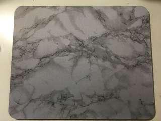 🚚 灰色大理石紋滑鼠墊