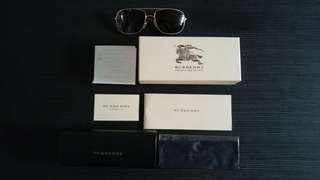 Burberry sunglasses (bought from US)