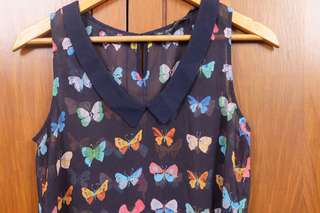 Butterfly Print Sleveless Top with Collar detail