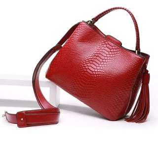 Woman Sling Bag (Red)