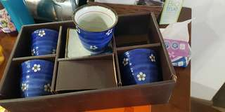 Brand new 4 piece Japanese cup n saucer