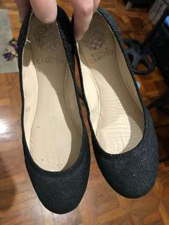 Vince Camuto black flats