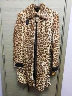 Patrizia Pepe Coat 100% leather & 90% new Size 42