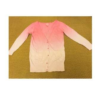 只穿過一次真品~~日本Barbie 漸層櫻花粉色 針織對襟開 (one size)