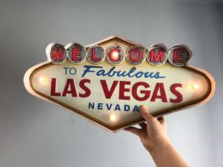 Las Vegas LED Tin Sign Decor