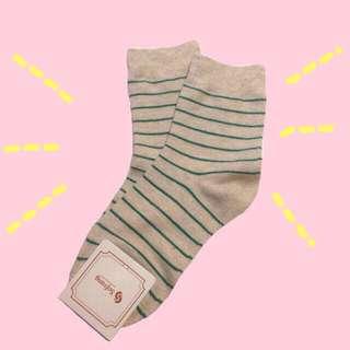 Korean Socks (Green Stripes)