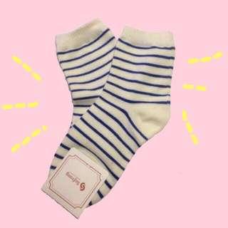 Korean Socks (Blue and White)