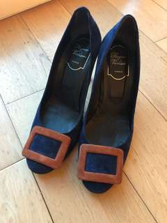 Roger Vivier Shoes, very new, wear less than 10 times (size 37.5)