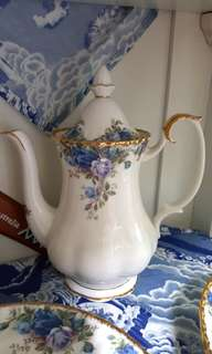 Royal Albert Coffee Pot