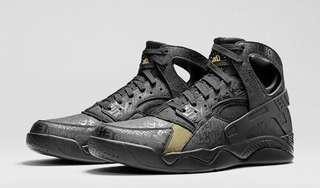 "Nike Air Flight Huarache ""Trashtalk"""