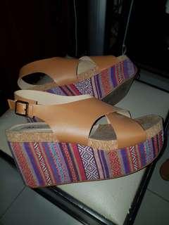 M&G platform sandals (Zalora)
