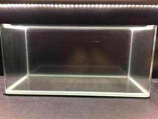 Preloved glass fish tank