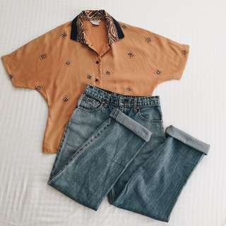 SET: Levi's hw mom jeans • Pale orange buttondown with dark blue and abstract details