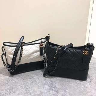 Chanel Gabrielle hobo small 中size