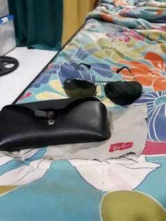 RAYBAN Aviatior Sunglasses