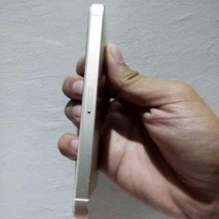 Iphone 5s (globelocked) RUSH RUSH