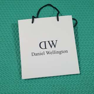 Paperbag daniel wellington