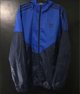 Adidas Windbreaker (authentic)