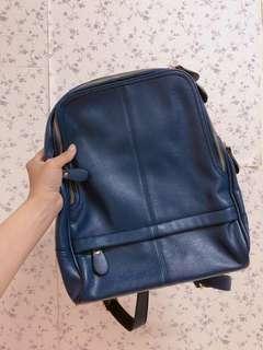 🚚 真皮寶藍色後背包