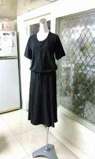 🚚 深灰色前排釦腰抽繩洋裝