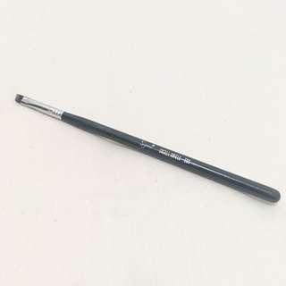 Sigma Small Angle Brush E65