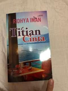 Preloved Novel Titian Cinta