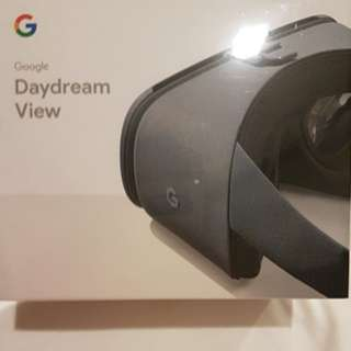 Brand New Daydream View 2 (2017) from Google