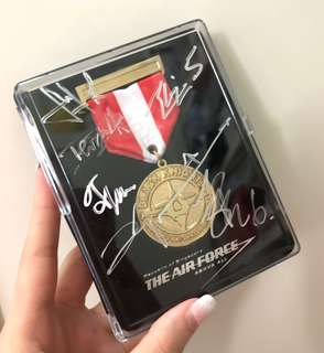 NEW! RSAF Air Force Black Knights Autograph Medallion Collectible