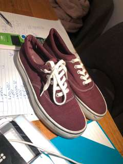 Pull&bear red sneakers!