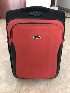 Diplomat Cabin Suitcase 21-Inch