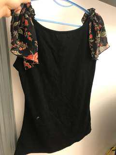Veeko black elegant floral top