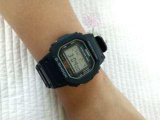 G-Shock DW5600E original