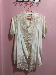 Kebaya Broken White