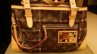 法國Louis Vuitton Limited Edition Riveting