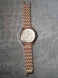 Pre loved women watches (high end replica)