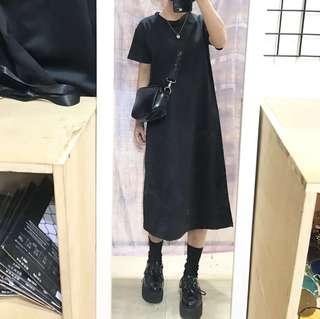 🚚 素黑長版短袖洋裝/玫瑰花刺繡造型背帶側背包