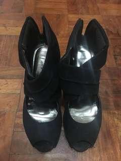 Black party heels
