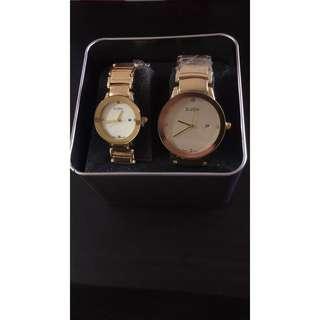 D zen couple gold watch