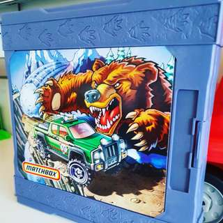 Collectible: Matchbox Deluxe 3D Pop Up Adventure Playset