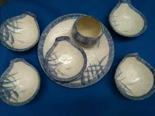 Plate and bowls set