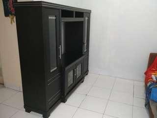 Lemari pajangan tv 170*160*42