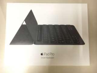 (包裝都未拆)100%新iPad pro 9.7 Smart Keyboard