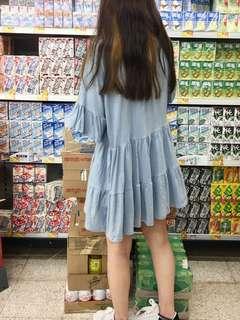 粉藍色短袖連身裙