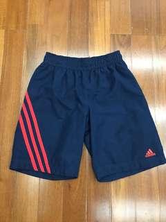 Adidas boys shorts 140cm