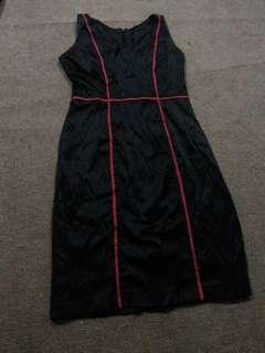 Atasan black red dress