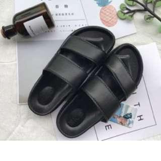 🚚 韓國黑色拖鞋