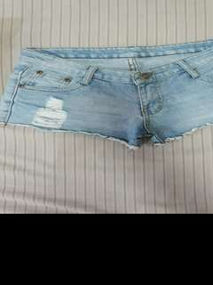 Sexy distressed shorts